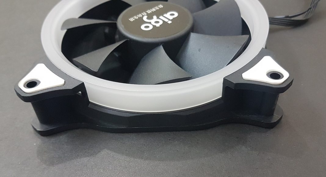 Aigo RGB 120mm A-Series Fans Review