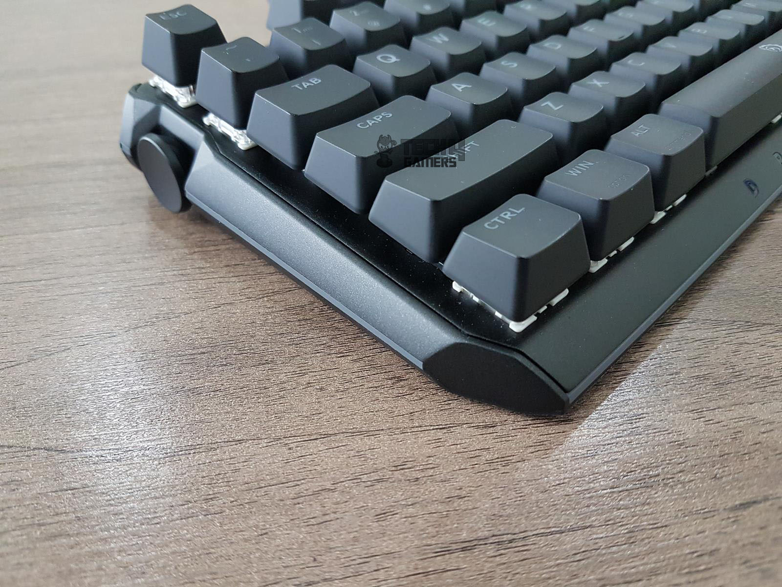 Drevo BladeMaster TE 87K Gaming Mechanical Keyboard Review