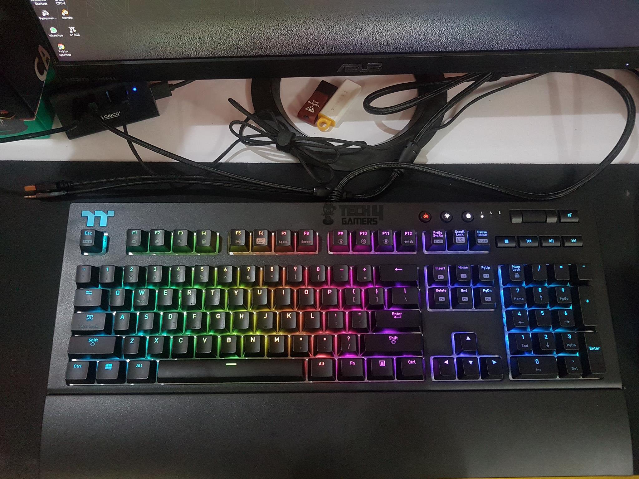 7af53fc01fe Thermaltake TT Premium X1 RGB Cherry MX Blue Keyboard Review