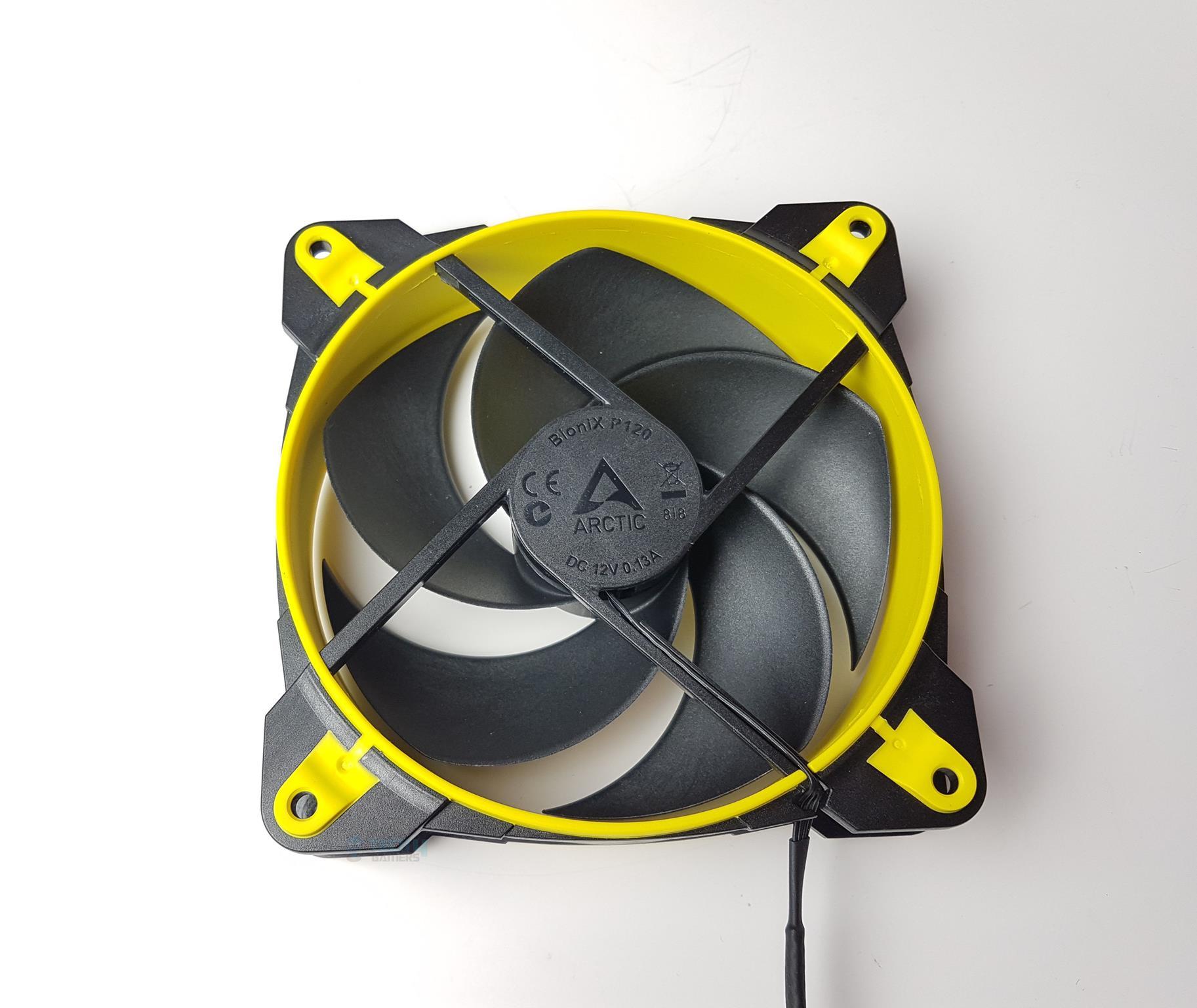 Freezer 34 eSports DUO Fan Backside