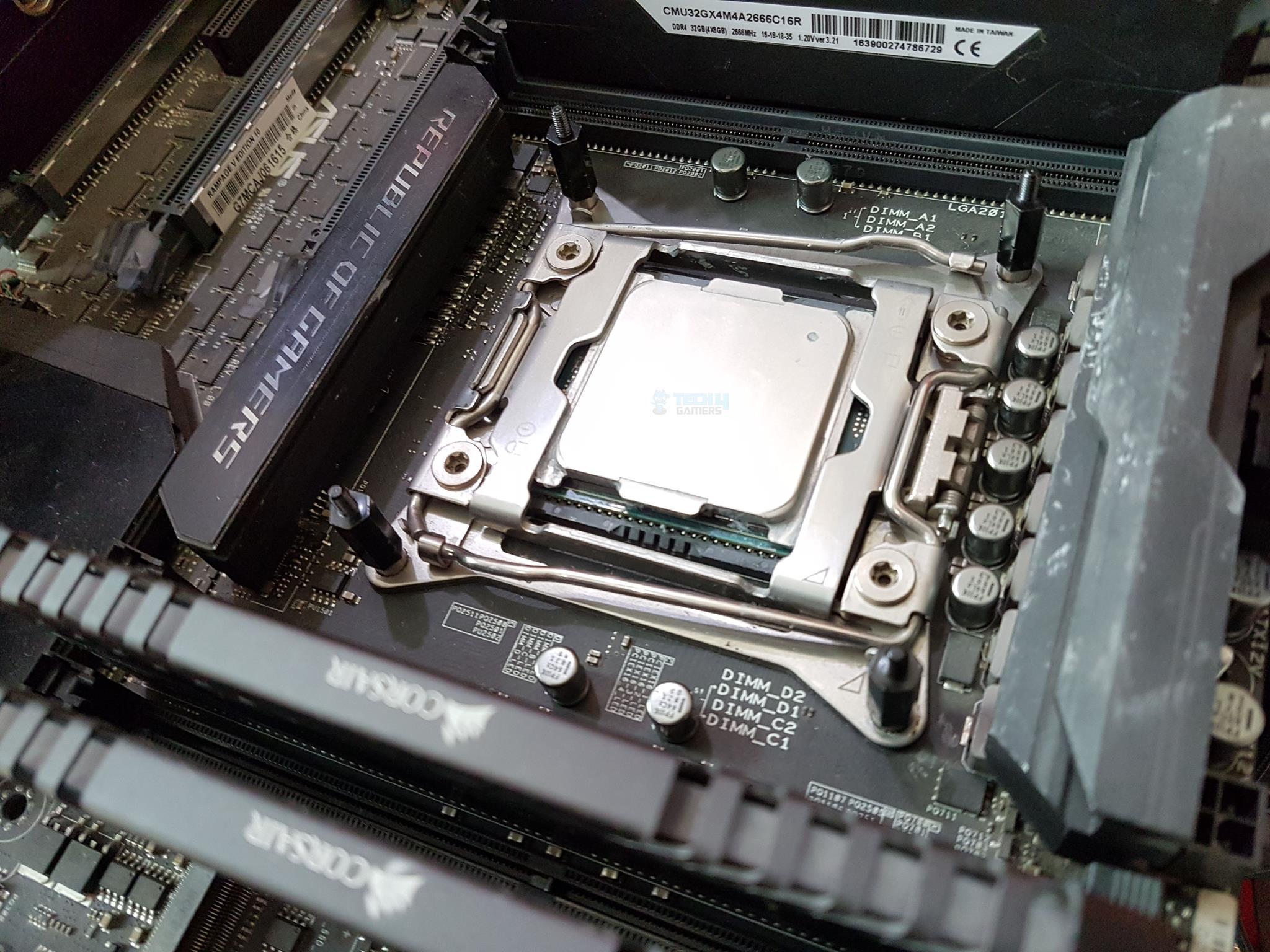 Intel Socket